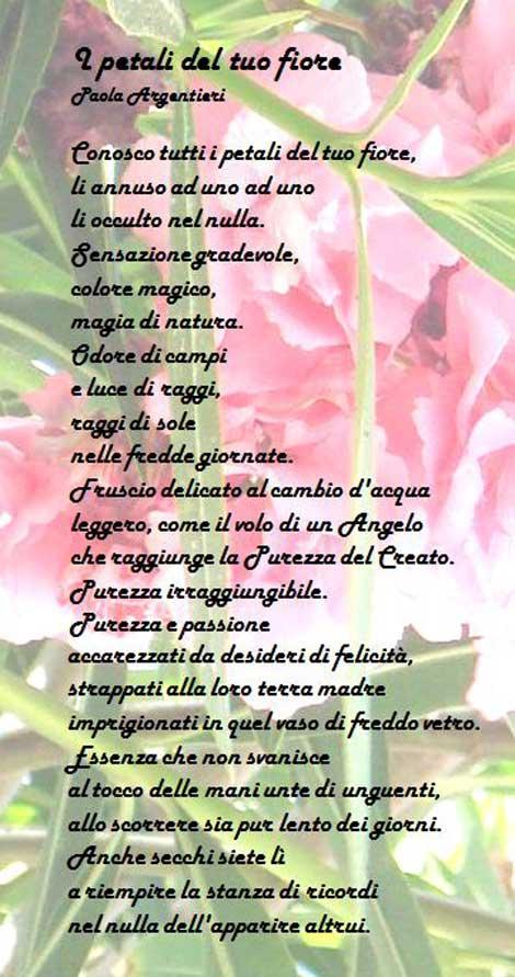 Estremamente I petali del tuo fiore, la poesia di Paola Argentieri tra le  UQ01